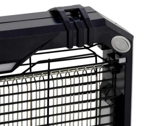 účinný lapač hmyzu v černém designu